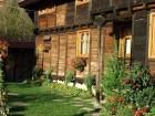 Нощувка за 16 или 20 човека в делнични дни в къщи Кандафери 1 и 2 в типичен еленски архитектурен стил - с. Мийковци, край Елена, снимка 23