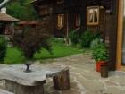 Нощувка за 16 или 20 човека в делнични дни в къщи Кандафери 1 и 2 в типичен еленски архитектурен стил - с. Мийковци, край Елена, снимка 24