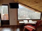 Нощувка за 16 или 20 човека в делнични дни в къщи Кандафери 1 и 2 в типичен еленски архитектурен стил - с. Мийковци, край Елена, снимка 15