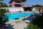 Лято в Ахелой. Нощувка със закуска + басейн в семеен хотел Искър, снимка 9