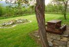 Нощувка за до 10 човека САМО за 150 лв. в самостоятелна къща Цветина с панорамна гледка в Априлци. Плати сега 45 лв. и доплати на място останалите 105 лв.