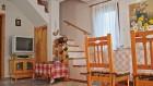 Нощувка за 6 човека край Смолян в къща Кабасанов с камина, трапезария и други удобства