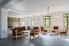 Нощувка за 16 човека край Ябланица в къща Дъбравата с трапезария, барбекю и басейн - с. Дъбравата