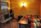 Нощувка на човек със закуска и вечеря + джакузи, сауна и парна баня в Комплекс Карина, Велинград, снимка 5