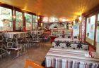 Нощувка на човек в тематична стая или апартамент със закуска или закуска и вечеря в комплекс Уника***