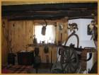 Нощувка за дo 12 човека + механа и барбекю с пещ само за 100.00 лв. в Старата Къща край Елена - с. Мийковци, снимка 4