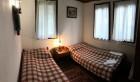 Нощувка за 4+1 човека в Боженци - Тачева къща с трапезария, барбекю и басейн