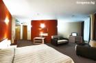 2 или 3 нощувки на човек със закуски и вечери + минерален басейн в Хотел Евридика, Девин
