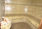 Нощувка със закуска и вечеря за 2, 4 или 6 човека + сауна, парна баня и джакузи във вилно селище Романтика форест, яз. Широка поляна