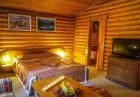 Нощувка в напълно оборудвана къща за до 5 човека + басейн във Вилни селища Ягода и Малина, Боровец
