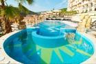 Гръцко парти на 15.12 в хотел Роял Касъл Дизайн & СПА 5* Елените с изпълнител Сотос Карабелас. Нощувка на човек + закуска и празнична вечеря + басейн и СПА пакет