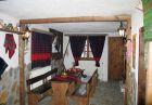 Зима в Добринище! Нощувка на човек със закуска и вечеря + сауна в къща за гости Гергана