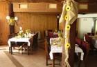 Нощувка на човек със закуска и вечеря само за 24 лв. в хотел Виктория, Брацигово