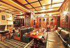 Нощувка на човек със закуска и вечеря + голямо джакузи и релакс пакет в хотел Френдс, Банско
