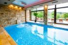 Нощувка на човек, закуска, обяд и вечеря + НОВ акватоничен басейн в хотел Огняново СПА****