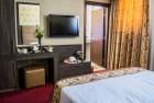 Лукс за ДВАМА във Велинград! Две нощувки със закуски + 2 басейна и СПА зона с минерална вода от хотел Двореца*****
