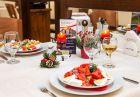 Свети Валентин в хотел Тетевен! Две нощувки на човек със закуски и вечери, едната празнична