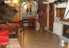 Зима в Банско! Нощувка на човек със закуска и вечеря + сауна от самостоятелни стаи в къща за гости Планински Здравец