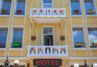 Нощувка на човек със закуска и вечеря в идеалния център на Велико Търново от хотел Алегро***