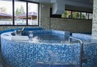 Нощувка на човек със закуска, обяд и вечеря + минерален басейн и релакс зона в Семеен хотел Емали, Сапарева Баня, снимка 5