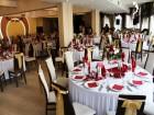 Романтика в Русе! Нощувка на човек със закуска и Романтична вечеря със специален гост Деси Добрева и DJ парти  в хотел Теодора Палас***
