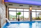 Нощувка на човек, закуска, обяд и вечеря + НОВ акватоничен басейн в хотел Огняново****