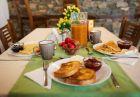 Нощувка със закуска на човек в Къща на времето, Огняново