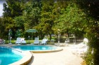 От 20.05 до 15.06 на първа линия в Несебър. All inclusive + басейн в Парк хотел Оазис***