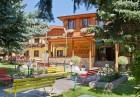 Нощувка на човек със закуска и вечеря + 3 МИНЕРАЛНИ басейна в хотел Елбрус*** Велинград, снимка 2