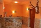 Нощувка на човек със закуска и вечеря + джакузи, сауна и парна баня в Комплекс Карина, Велинград