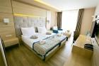 Нощувка на човек на база All Inclusive + минерален басейн и СПА пакет от хотел Роял Гранд**** Каварна, снимка 6
