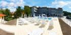 Лято 2019 в Царево! Нощувка на човек + басейн, шезлонг и чадър в хотел Марая - на 150м. от плажа