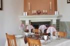 Нощувка на човек със закуска, обяд и вечеря + топъл басейн само в хотел Велиста, Вонеща вода, снимка 5