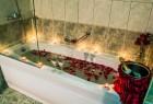 Великден във Велинград с Николина Чакърдъкова! 3 нощувки на човек със закуски и вечери + един празничен обяд, 2 басейна и СПА с минерална вода от хотел Двореца*****, снимка 8