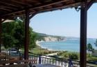 Нощувка на човек със закуска и вечеря + ТОПЪЛ минерален басейн на брега на морето край Балчик от комплекс Свети Георги