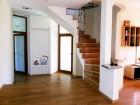 2 нощувки в къща с капацитет 13 човека + ПОДАРЪК - печено прасенце от вила МаунтВю, Благоевград