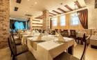 Нощувка на човек със закуска и вечеря + басейн само за 49 лв. в Гранд Рояле Апарт и СПА****, Банско