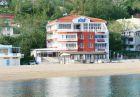 Септември на брега на морето във Варна! Нощувка със закуска на човек в семеен хотел Ной, к.к. Чайка, плаж Кабакум