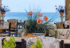 Юни на брега на морето във Варна! Нощувка със закуска на човек в семеен хотел Ной, к.к. Чайка, плаж Кабакум