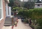 Почивка в Приморско през Юни. Нощувка на човек на цени от 15 лв. в къща Ивано