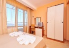 Лято на ПЪРВА линия в Поморие!  Нощувка на човек със закуска и вечеря + релакс пакет в хотел Св. Св. Петър и Павел***