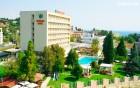 Нощувка на база All inclusive на човек + басейн в Хотел Детелина***, Златни Пясъци, снимка 2