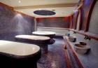 Нощувка на човек със закуска + басейн и СПА пакет в Мурите Клуб Хотел до Банско