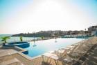На ПЪРВА линия в Ахтопол! Нощувка с изглед море със закуска на човек + 2 басейна от хотел Ескада Бийч