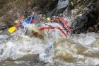 2 екстремни приключения рафтинг на река Струма + влизане в пещера Андъка от Активни.бг