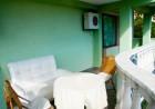 Нощувка на човек със закуска + басейн в хотел Боряна, кв. Крайморие, Бургас