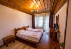 Нощувка на човек със закуска и вечеря + БАСЕЙН, топло джакузи и релакс център в Хотел Лещен, с. Лещен, снимка 11