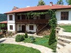 Нощувка за 13 човека + сауна , просторна градина и барбекю в къща Къщата край Трявна - с. Добревци
