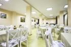 Нощувка на човек със закуска и вечеря* + басейн с минерална вода и релакс център в Комплекс Форест Глейд