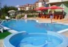 Нощувка на човек със закуска и вечеря* + басейн в хотел Кристал, Равда, снимка 3